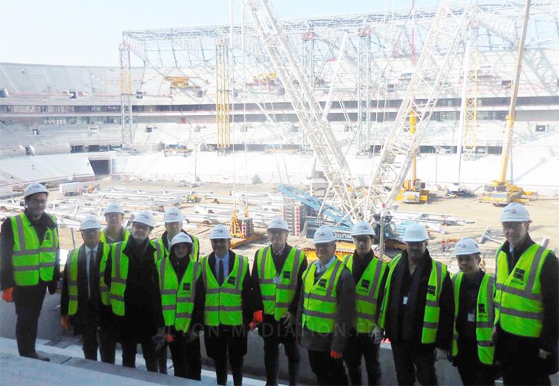 Lyon médiation visite le futur «Grand Stade des lumières» de Lyon